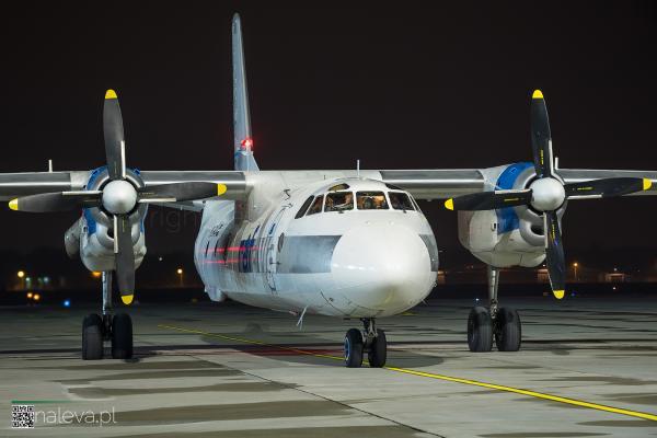 antonov-lodz-airport-naleva-lcj (4)
